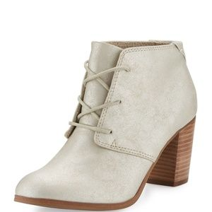 NEW TOMS Lunata Lace Up White Gold Metallic Boots